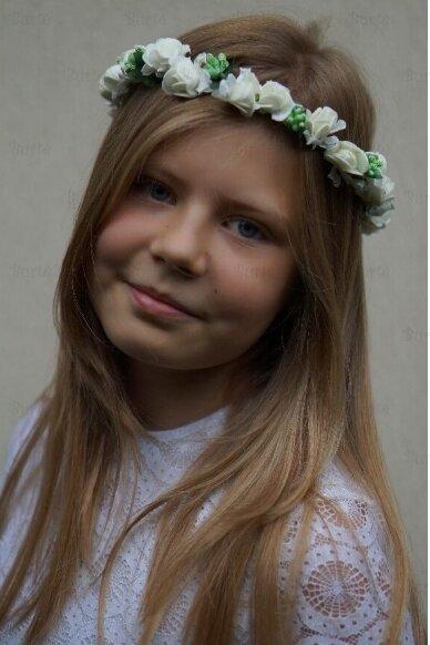 Baltų gėlyčių vainikėlis 3