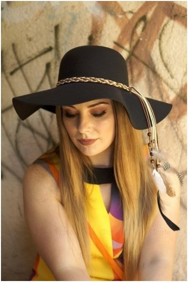 Hipės skrybėlė 2