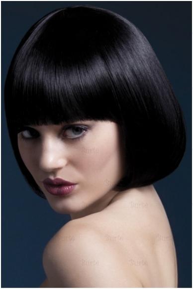 Juodų plaukų perukas Mia