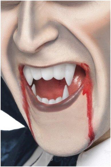 Kraujas ir dantys 2