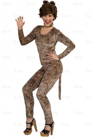 Overall leopard lady