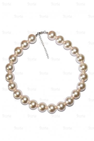 Perlų karoliai 2