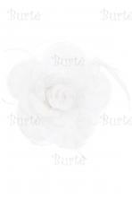 Prisegama gėlė, balta