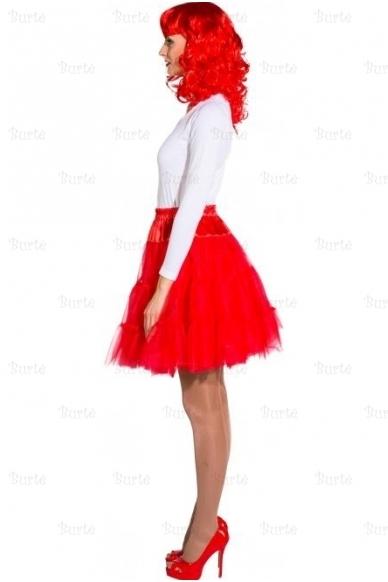 Raudonas sijonas 3
