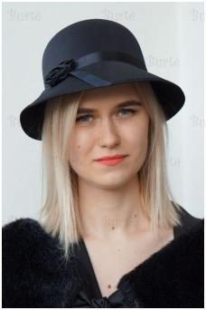 Retro kepuraitė, juoda