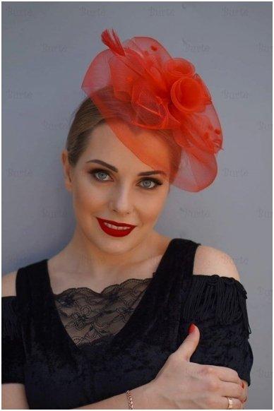 Retro skrybėlaitė, raudona