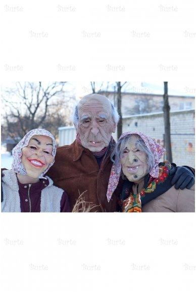Senelės kaukė 2