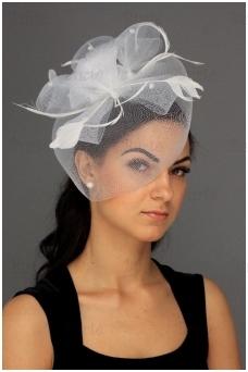 Retro skrybėlaitė, balta