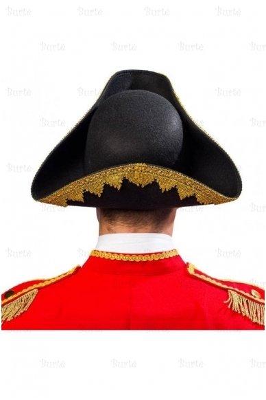 Trikampė skrybėlė 3